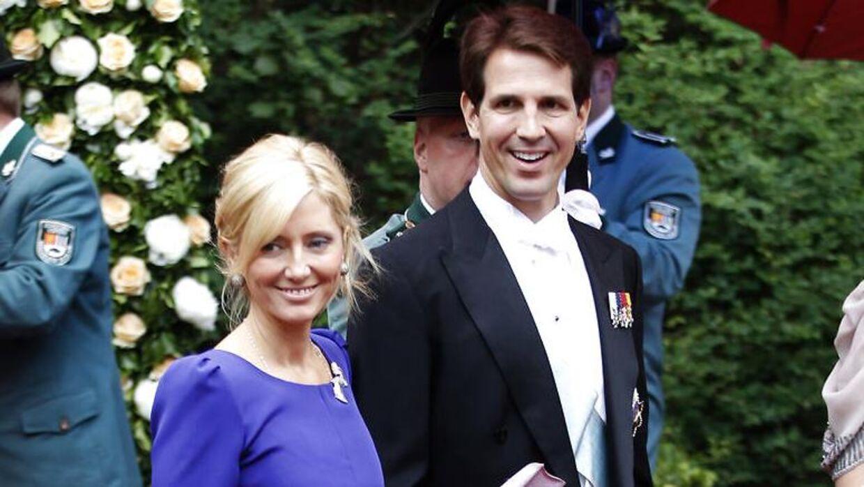 Marie-Chantal og ekskronprins Pavlos deler glædeligt deres liv på de sociale medier.