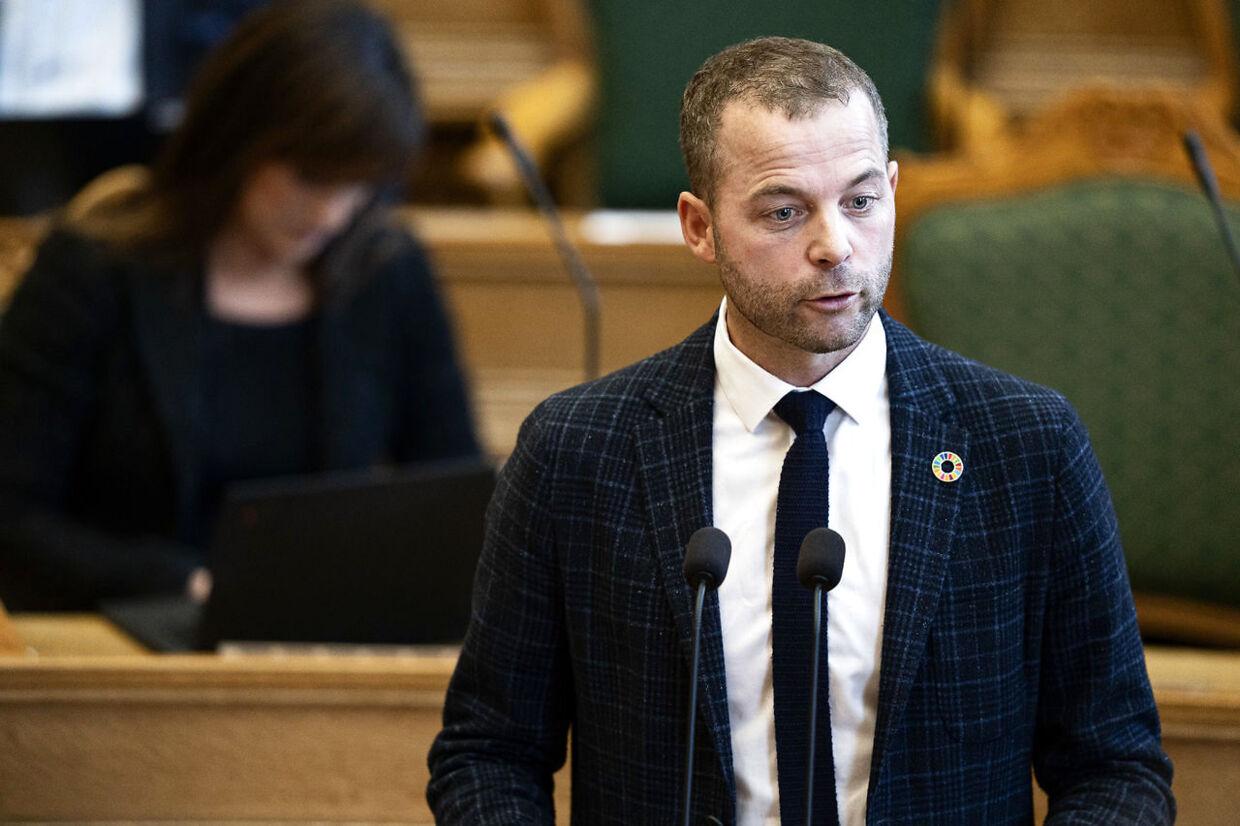 Morten Østergaard spurgte tirsdag stasministeren til den sunde fornuft i Lasse og Iamaes sag.