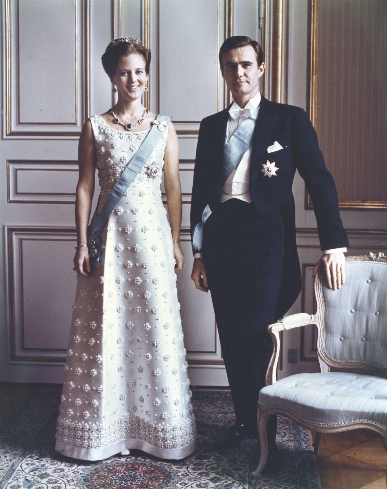 En ung tronfølger og hendes mand.