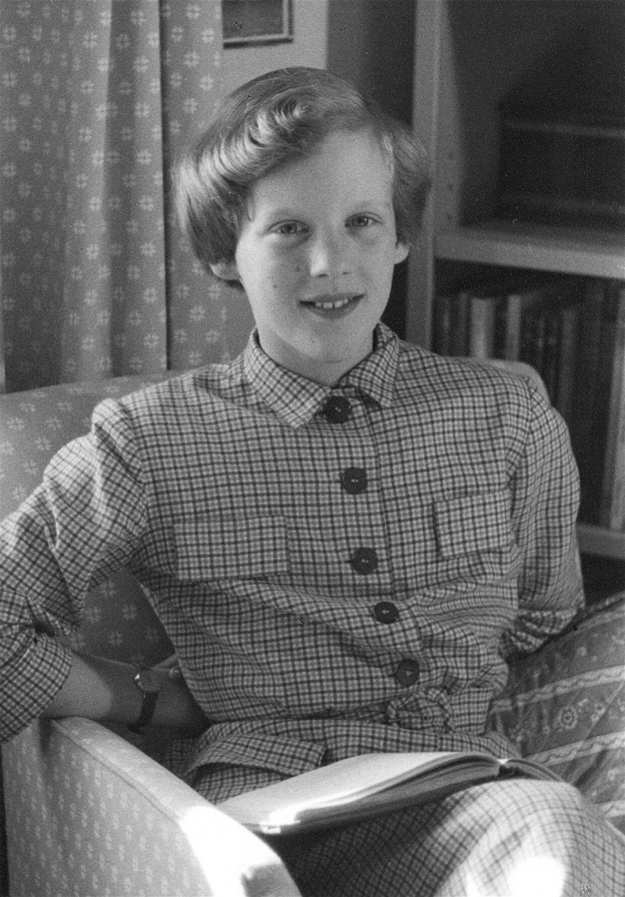 Dronning Margrethe blev ikke født til at arve tronene, men blev først arving til tronen, da Tronfølgeloven blev ændret, da hun var 13 år.