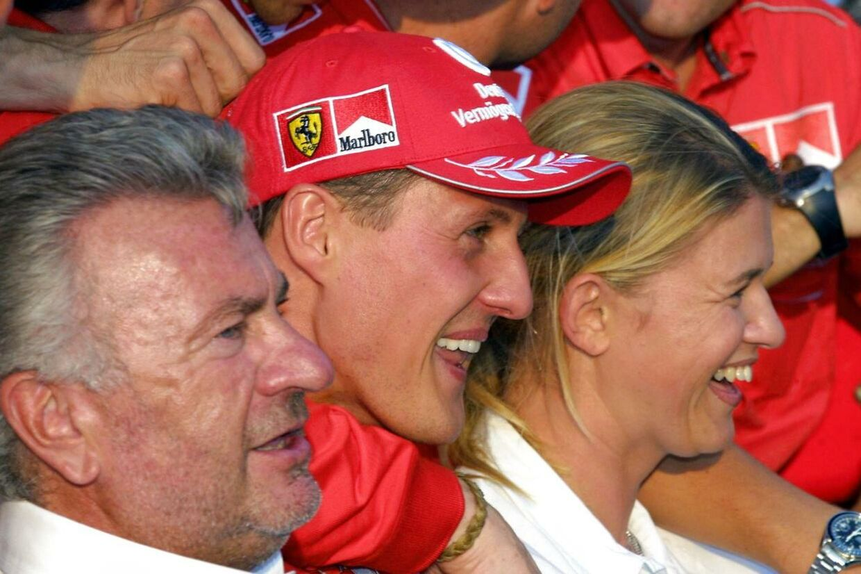 Willi Weber og Michael og Corinna Schumacher i en glad stund.