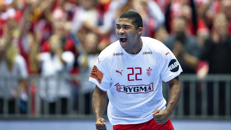 Mads Mensah vandt VM med Danmark tidligere på året.