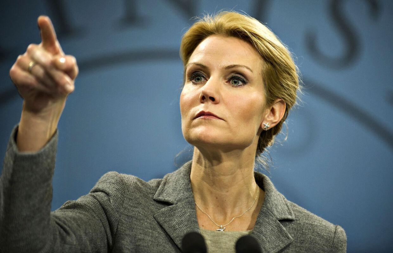 Statsminister Helle Thorning-Schmidt møder medierne tirsdag den 6. december i Statsministeriet til det ugentlige pressemøde. (Foto: Jens Nørgaard Larsen/Scanpix 2011)