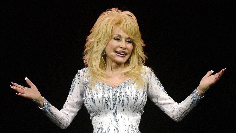 Dolly Parton i 2014 til koncert i Tyskland