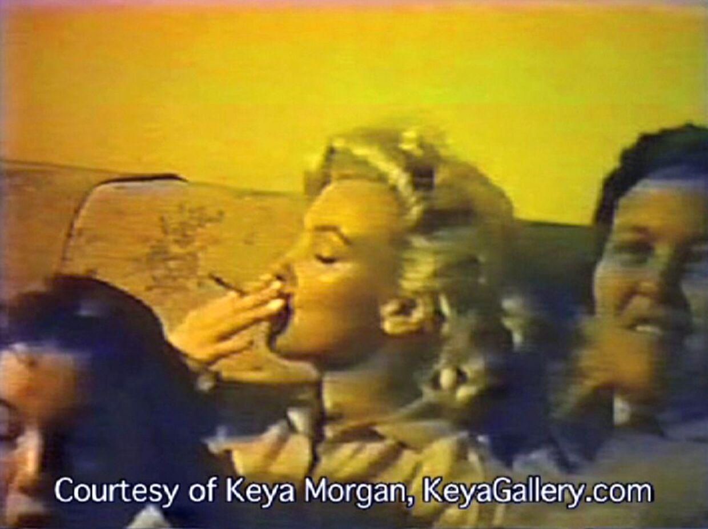 Marilyn Monroe ryger angiveligt hash på dette billede.