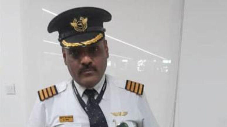 Sådan så Rajan Mahbubani ud, da han udgav sig for at være pilot.