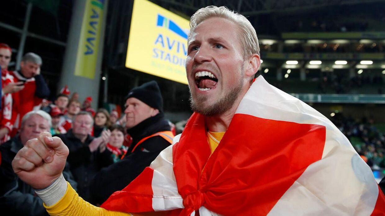 Kasper Schmeichel efter Danmarks kvalifikation til EM-slutrunden til sommer. Den kom i hus efter det lykkedes Danmark at få 1-1 mod Irland i Dublin.