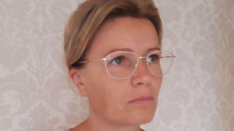 Birgitte Bro Petersen er ikke tilfreds med skolens håndtering af situationen.