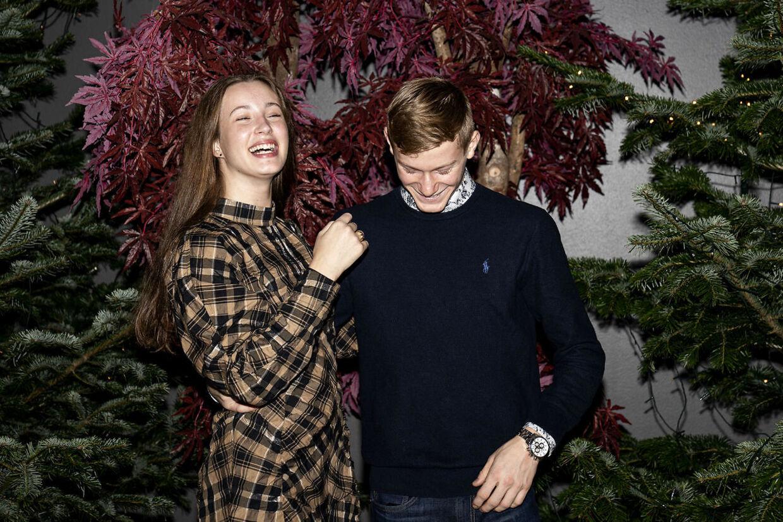 Josephine Chavarria Højbjerg og Albert Rosin Harson er blevet rigtig gode venner efter at have medvirket i TV 2's familiejulekalendere om Tinka og Lasse.