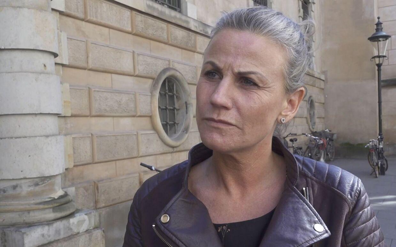 »Jeg vil se ham i øjnene,« siger Malene Hasselblad om den mistænkte James Schmidt, som politiet mener kvalte og dræbte hendes mor.