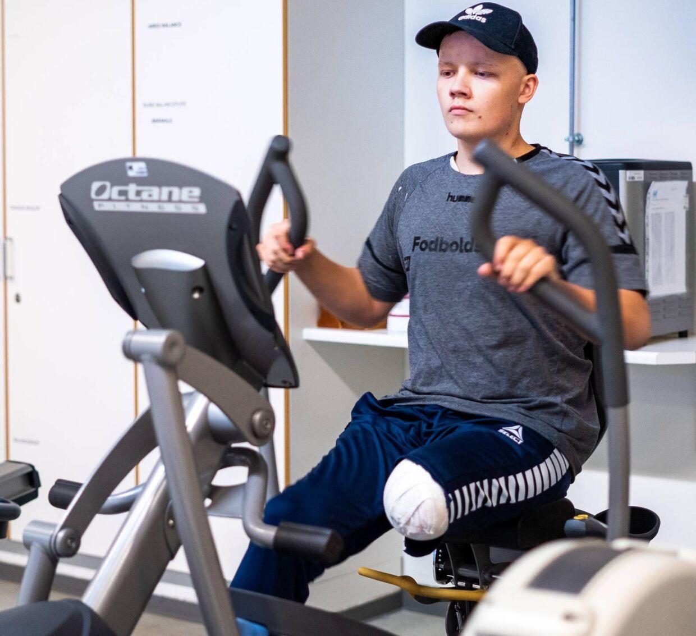 18-årige Rasmus Davison er en af de patienter, der flere gange opsøgte sin læge forgæves. Foto: Byrd/Louise Askly