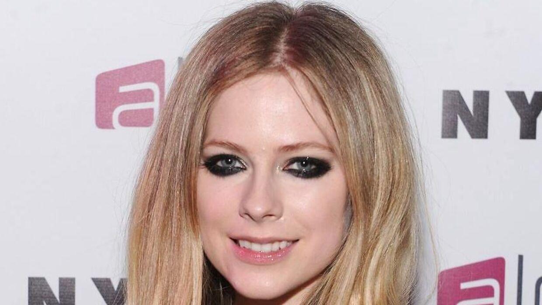 Avril Lavigne har haft tre forhold siden 2005.