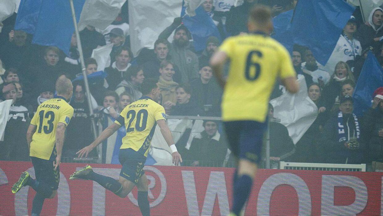 Kamil Wilczek er historisk i Brøndby efter dette mål mod FCK.