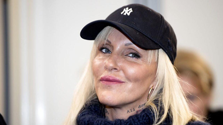 Linse Kessler og smykkedesigneren Mai Manniche røg i heftig ordveksling til gallapremiere på børnefamilien Frost 2.