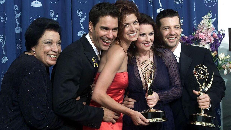 Arkivfoto fra 2000. Shelley Morrison (yderst til venstre) sammen med de andre stjerner fra Will & Grace.