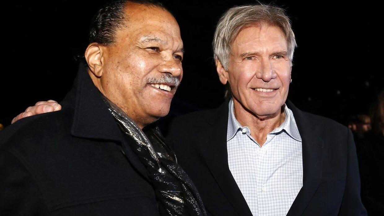 Billy Dee Williams står her sammen med Harrison Ford til premieren på 'Star Wars: The Force Awakens' tilbage i december 2015.