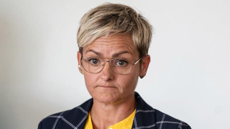 Børne- og undervisningsminister Pernille Rosenkrantz-Theil (S) fortryder brug af konsulenter i ansættelsen af sin pressechef, Thomas Bro Sæhl.