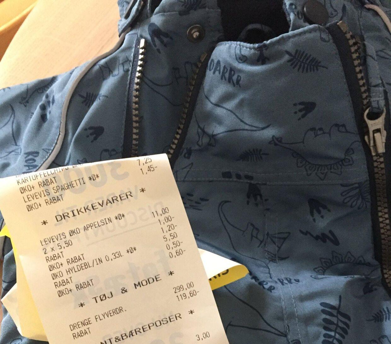 Den flyverdragt, som Anna købte til sin datter, er på bonen fra Føtex registreret som 'drenge-flyverdragt'