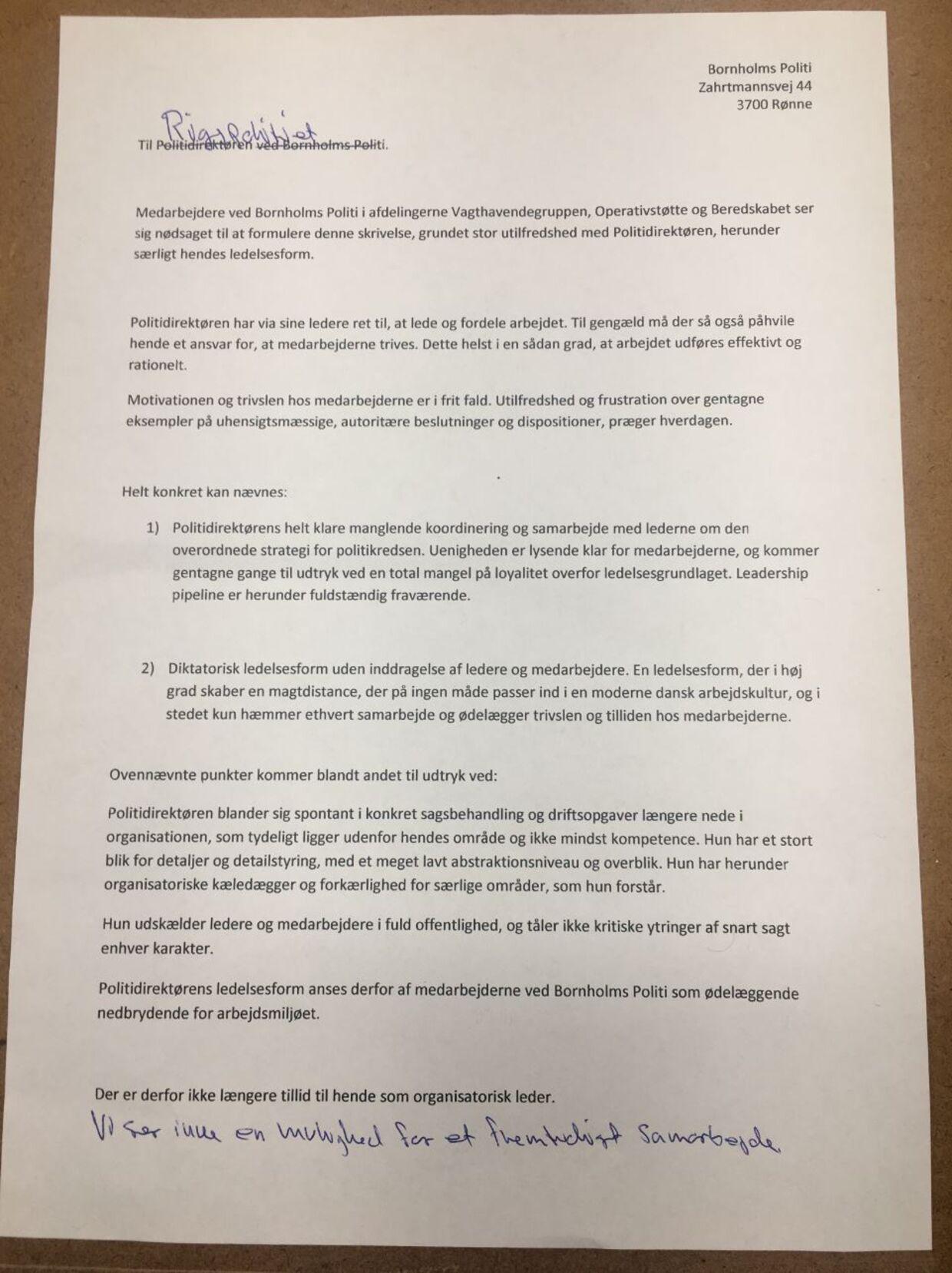 Medarbejdernes hos Bornholms Politis brev til Rigspolitiet om politidirektøren Kit Claudi Grøn-Iversen. Foto: Privat