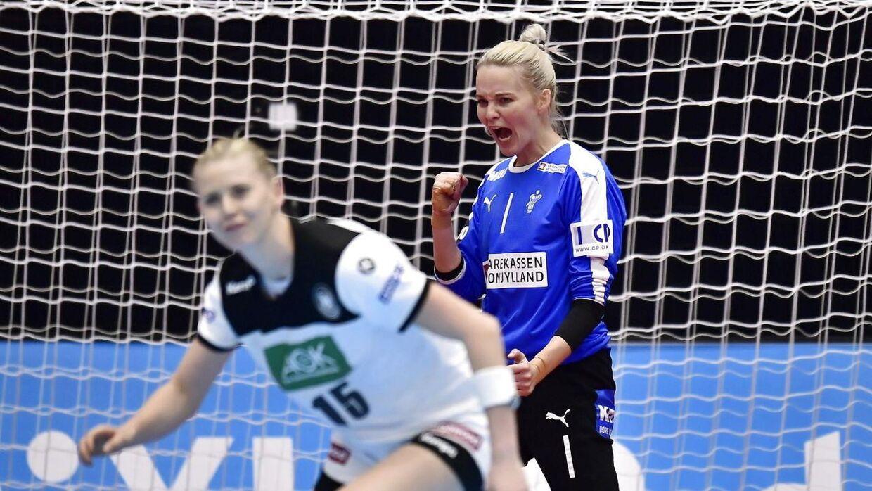 Sandra Toft blev fortjent kåret til kampens spiller efter kampen.