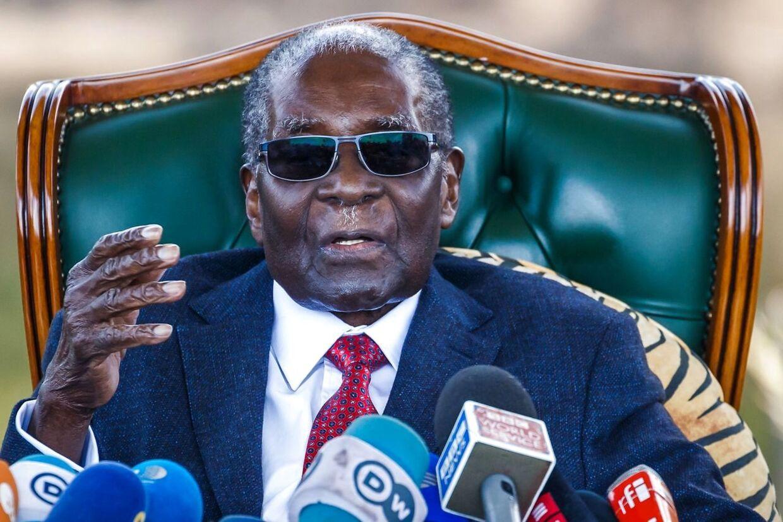 (Robert Mugabe var en omstridt figur.