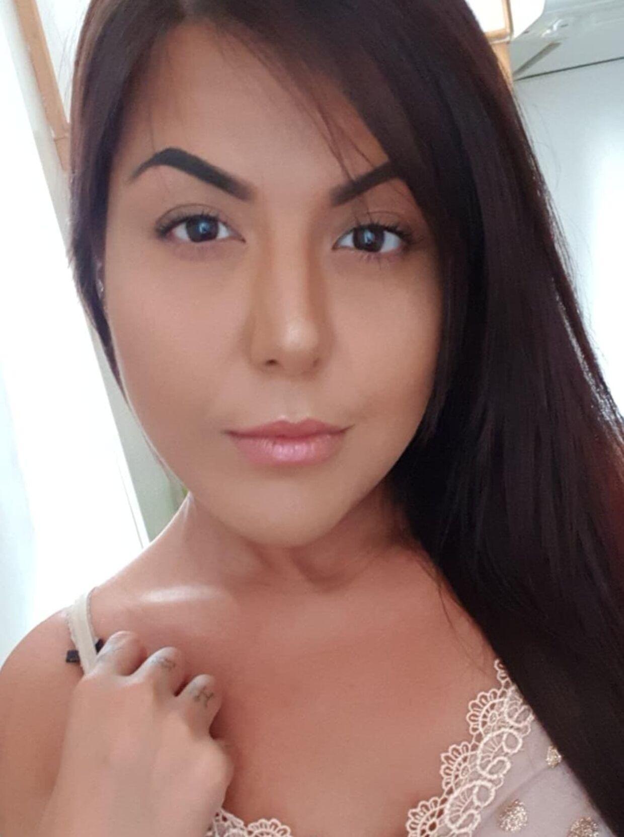 Ebru Elina, 29 år