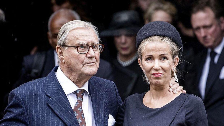 Henriette Zobel er død. Her ses hun sammen med Prins Henrik. De to var nære venner i mange år.
