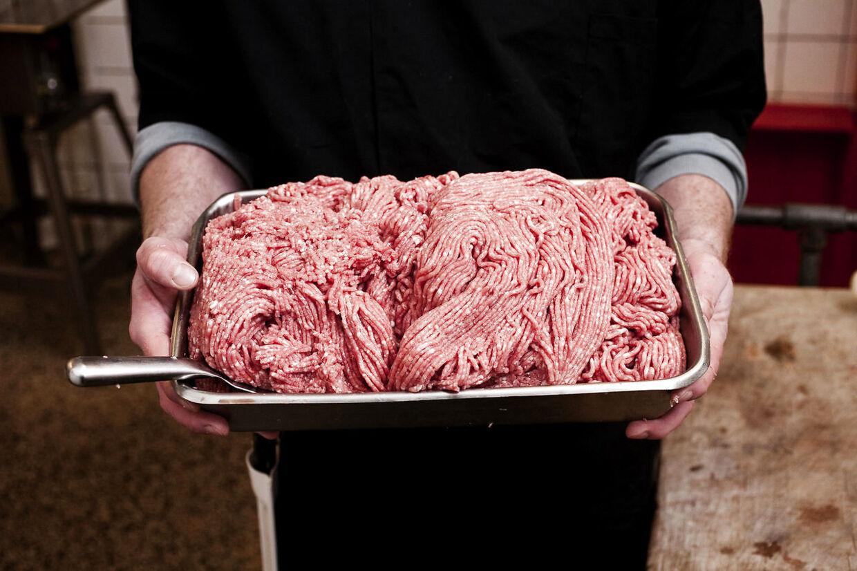 Prisen for hakket svinekød vil stige markant, vurderer Lars Aarup fra Coop.