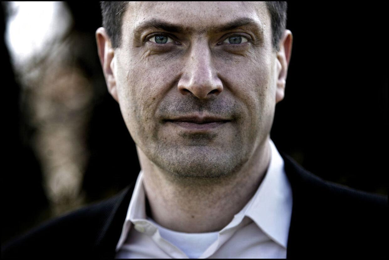 Søren Ventegodt blev i 2005 kendt som 'Doktor Klam' på grund af sine tvivlsomme behandlingsmetoder. Nu sætter han i en podcast ord på den tid, hvor han var en af Danmarks mest udskældte mænd.