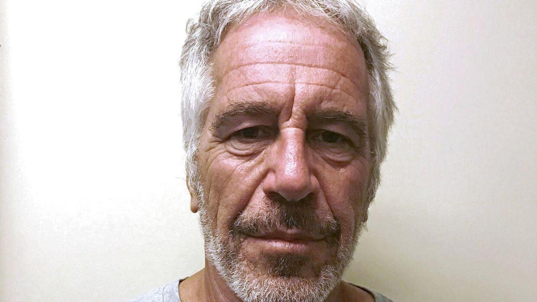 Den amerikanske milliardær Jeffrey Epstein tog sit eget liv, før hans sag kom for retten. Nu fortæller en af hans besøgsvenner, at han var rædselsslagen for at ende sit liv bag tremmer. (Arkivfoto)