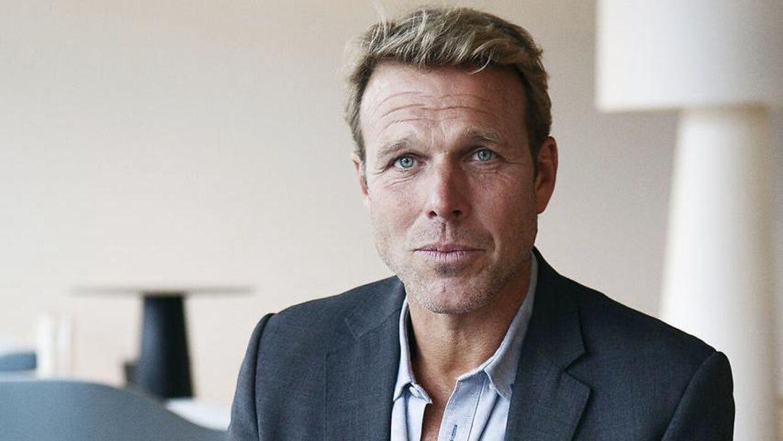 Mikkel Beha Erichsen har rigeligt at se til, selvom han ikke er ude og sejle.