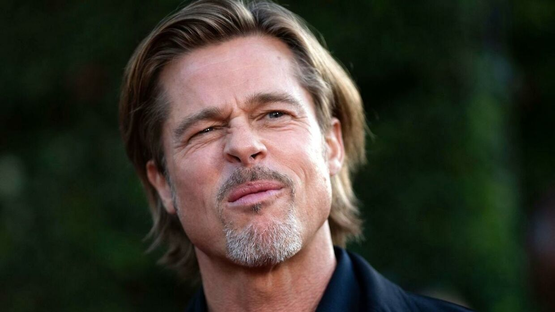 Brad Pitt kalder alle dating-rygter for løgn og latin i nyt interview med New York Times.