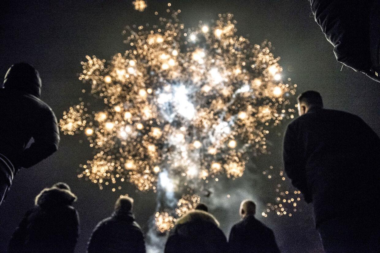 I 2014 blev reglerne lavet om, så man kun må fyre med fyrværkeri fra d. 27. dec til d. 1. januar. Tidligere måtte man fyre af fra 1. dec til 5. januar (Foto: Mads Claus Rasmussen/Ritzau Scanpix)