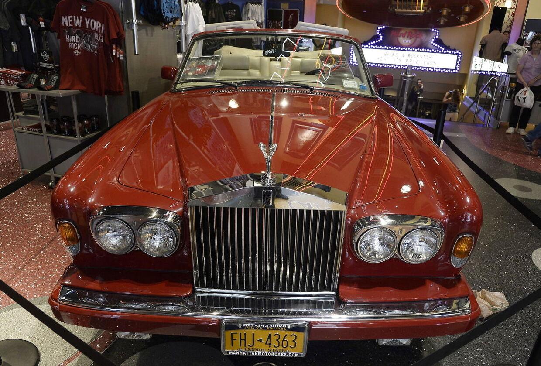 Lady Gaga kalder sin Rolls-Royce 'Bloody Mary'. Biles, der ses her, blev fornyligt solgt på auktion.