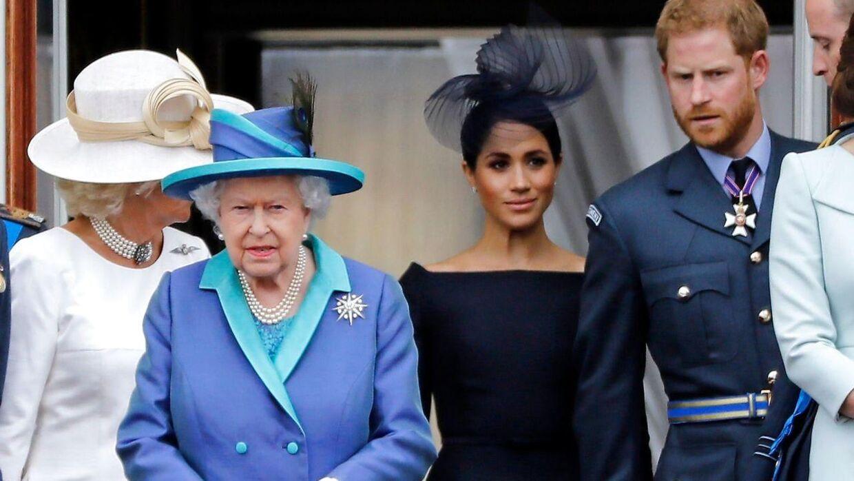 Dronning Elizabeth er ikke tilfreds med Meghan og Harrys beslutning, mener kommunikationsekspert Anna Thygesen.