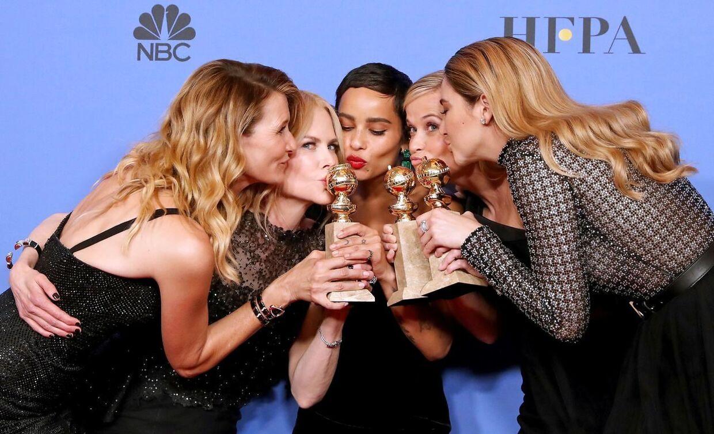 Laura Dern, Nicole Kidman, Zoe Kravitz, Reese Witherspoon fra 'Big Little Lies, fremstod som et sammentømret powerteam da de vandt priser for Big Little Lies som var en co-produktion som Reese Witherspoon og Nicole Kidman stod bag.