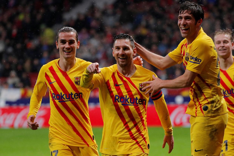 FC Barcelona anført af Lionel Messi omsatte i den seneste sæson for flest penge af alle klubber. Susana Vera/Reuters