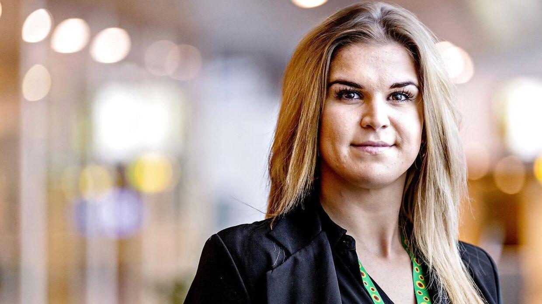 Som de første herhjemme har Københavns Lufthavn fra 1. januar indført en nøglesnor, der skal gøre det lettere for mennesker med usynlige handicap at komme igennem lufthavnen. Her er det Victoria, der er en af de passagerer der slås med et usynligt handicap.