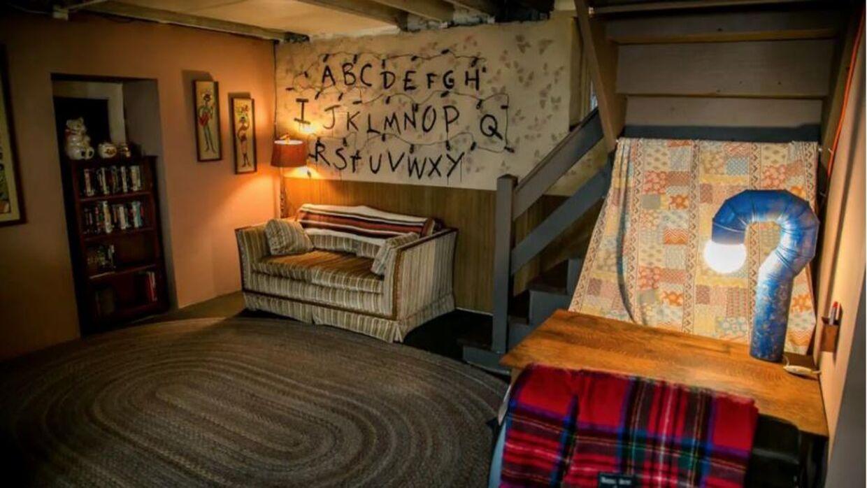 Nu har du mulighed for at bo i en lejlighed baseret på serien 'Stranger Things'.