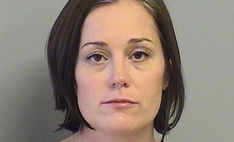 Joyce Churchwell er anholdt for at have en trekant med en elev og en tidligere kollega.