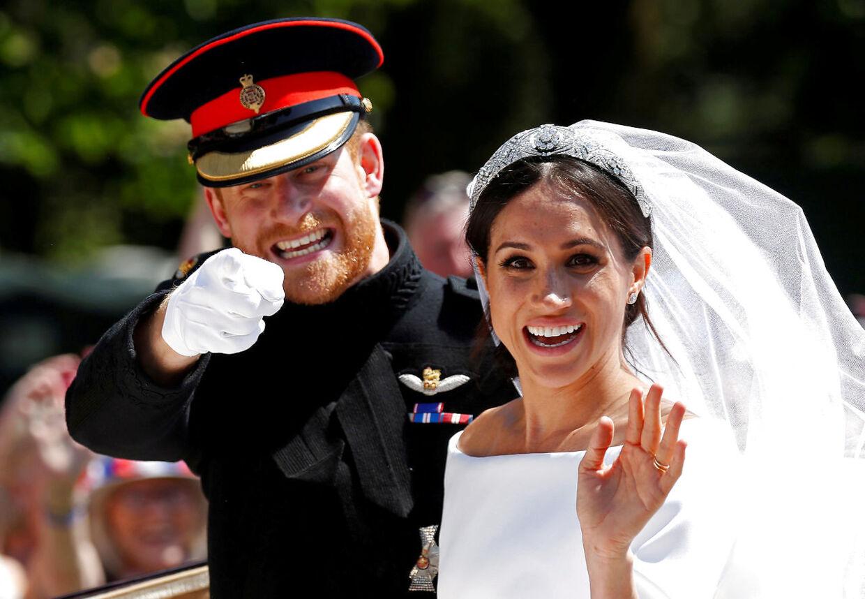 Så lykkelige så de ud, da de blev gift og stadig kunne smile til pressen.