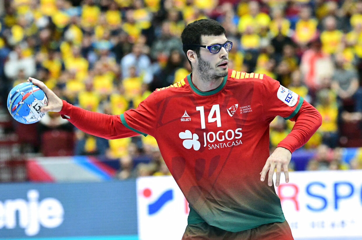 Handball - 2020 European Handball Championship - Main Round Group 2 - Portugal v Sweden - Malmo Stadium, Malmo, Sweden - January 17, 2020. Portugal's Rui Silva in action. TT News Agency/Johan Nilsson via REUTERS ATTENTION EDITORS - THIS IMAGE WAS PROVIDED BY A THIRD PARTY. SWEDEN OUT.NO COMMERCIAL OR EDITORIAL SALES IN SWEDEN.
