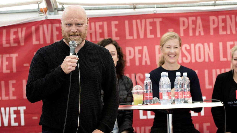 Udover 'Kender du typen' er Mads Steffensen også vært på det populære radioprogram 'Mads og Monopolet'.