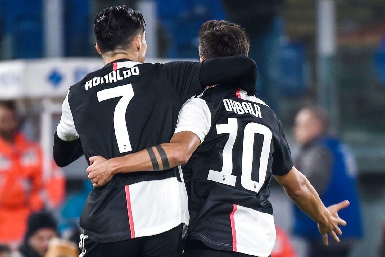 Paulo Dybala lagde op til Ronaldos andet mål mod Parma, søndag aften.