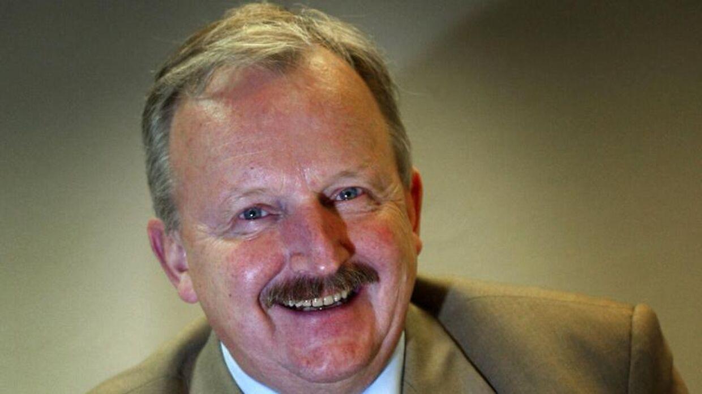 Grundlæggeren af Danmarks største optikerkæde, Louis Nielsen, er mandag morgen den 20. januar afgået ved døden.