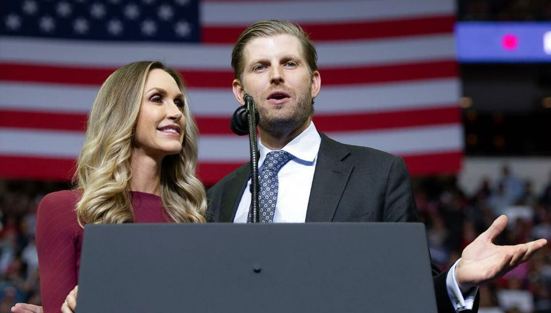 Lara Trump sammen med sin ægtemand, Donald Trumps mellemste søn Eric Trump.