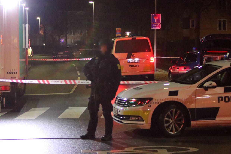 Politiet til stede efter skyderi i Køge. Foto: Mathias øgendal/ presse-fotos.dk