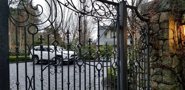 Indgangen til parrets hjem.