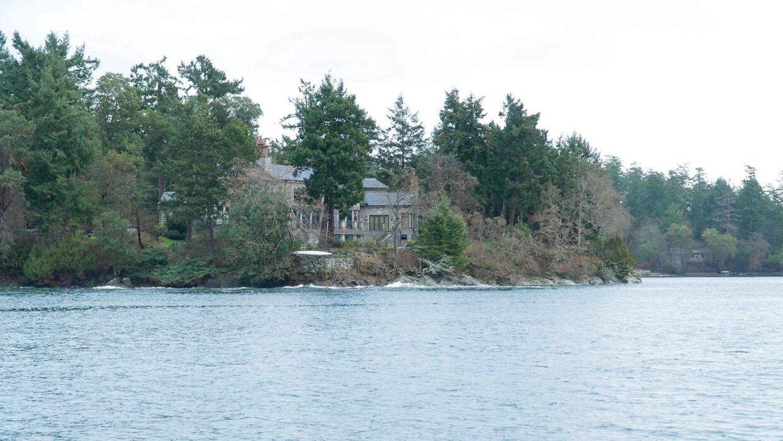 Meghan og Harrys nye hjem har både adgang til skov og sø i naturrige omgivelser.