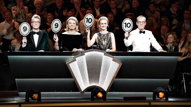 """Vild med Dans-dommerne Jens Werner, Anne Laxholm, Marianne Eihilt og Nikolaj Hübbe ses her ved finalen i """"Vild med Dans"""" i Forum Horsens."""